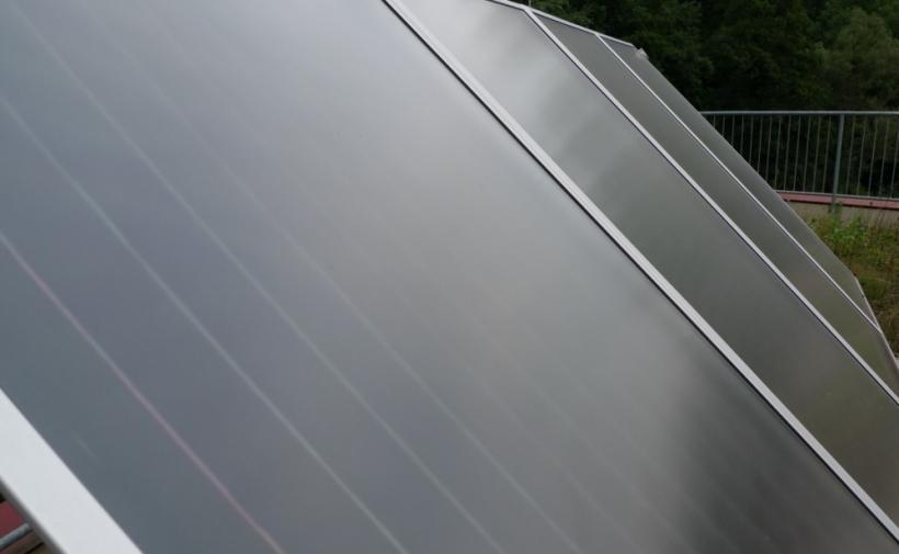 http://www.zieslerdach.at/data/image/thumpnail/image.php?image=145/zieslerdach_solaranlage_article_2874_2.jpg&width=820